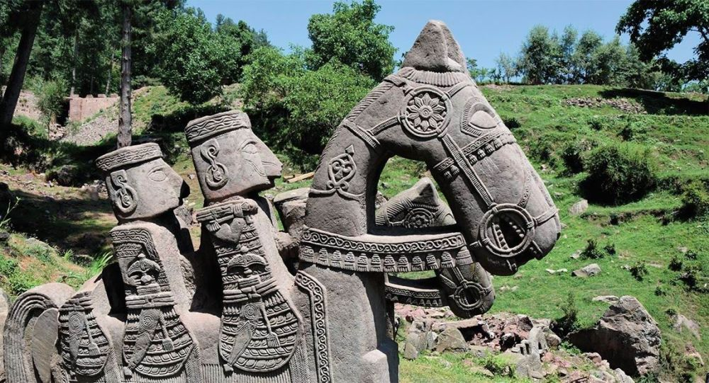 In the Himalayas were found 200 unique statues, made by unknown people 9575427_orig