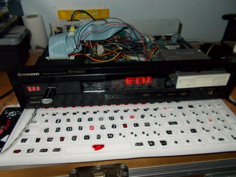 Amiga 500 SE II (custom) Dscn0061b