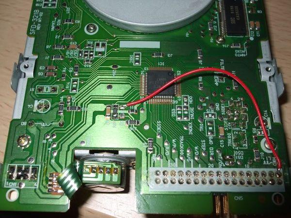 Amiga 500 SE II (custom) Sfd321b