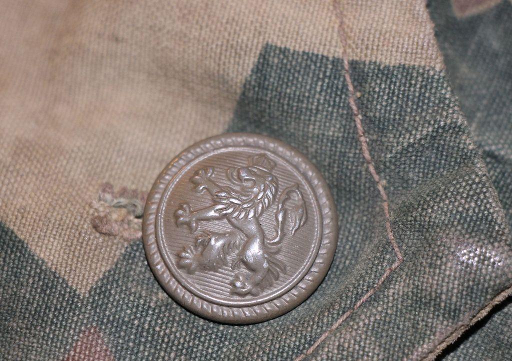 Bulgarian Post War Camouflage Coveralls Bulgarian_button_1