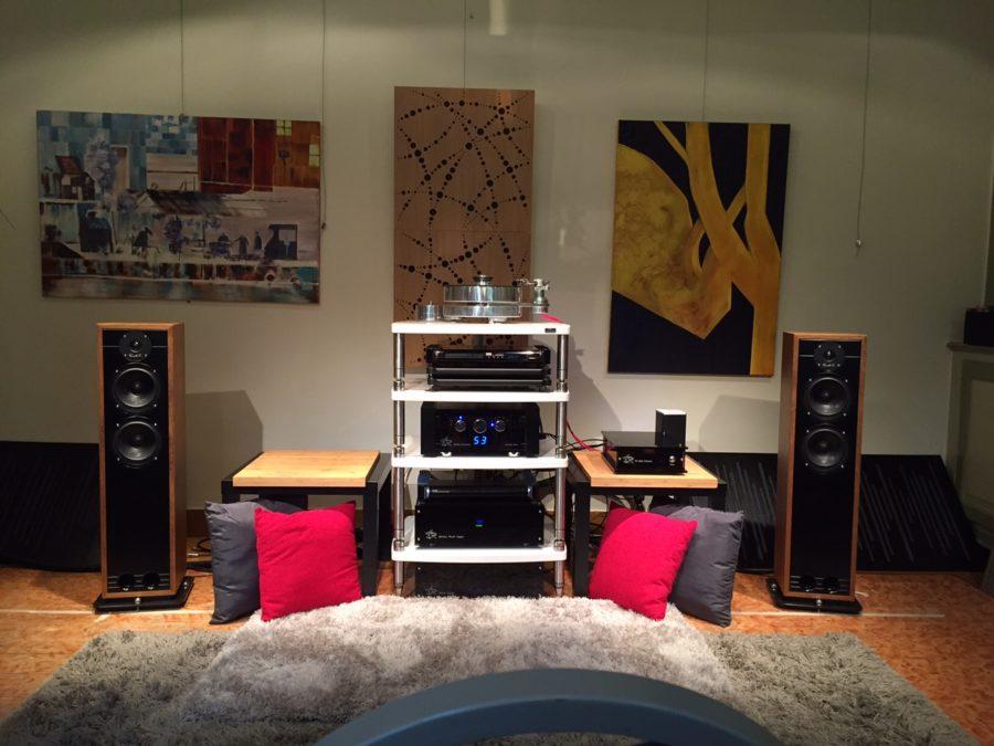 Elección de monitores y amplificador para una sala pequeña - Página 2 Red-150-Belgium