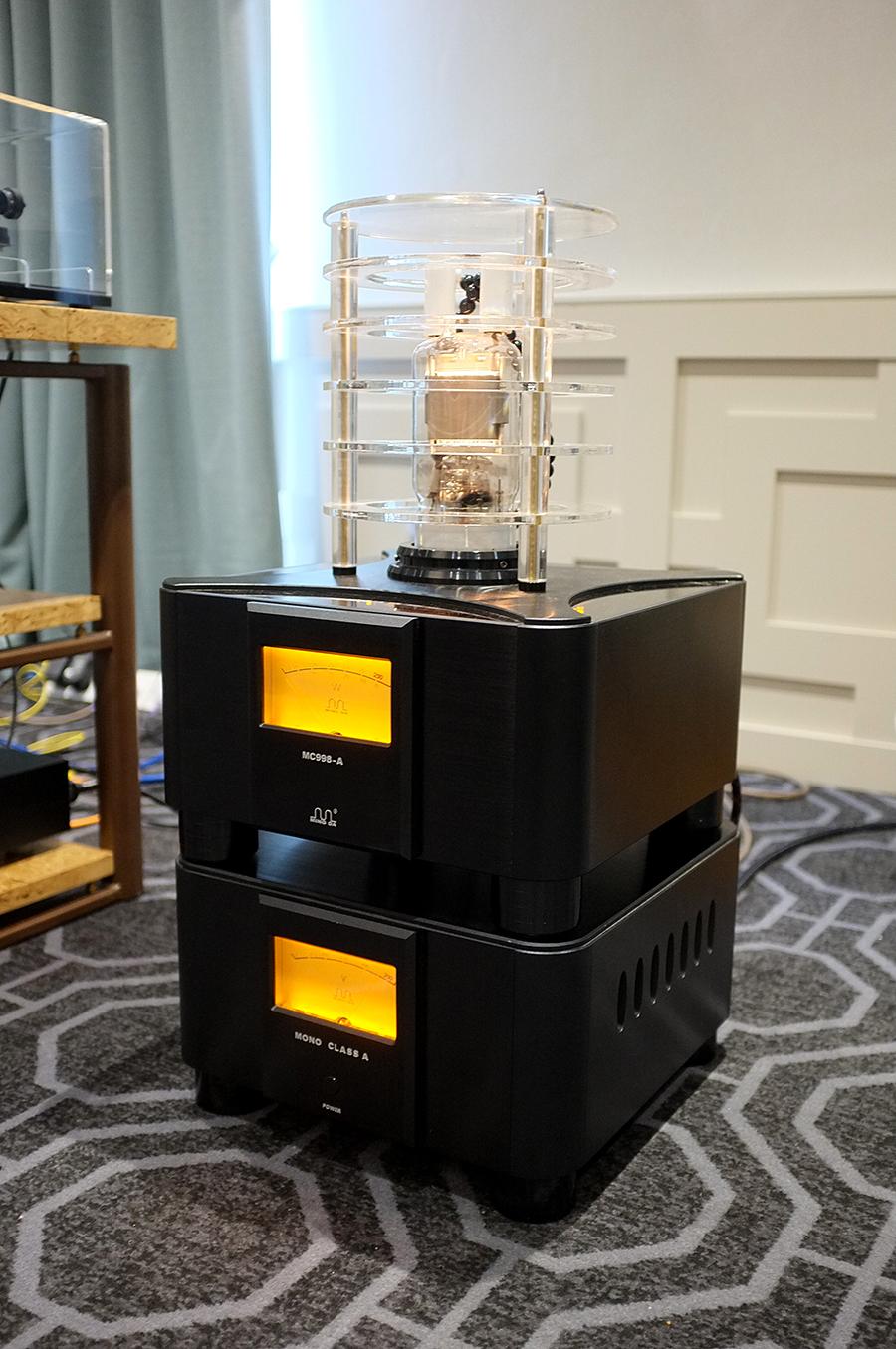 ¿Qué opinión os merecen los nuevos amplificadores a válvulas desde China? MINGDA_north_west_audio_show_1small