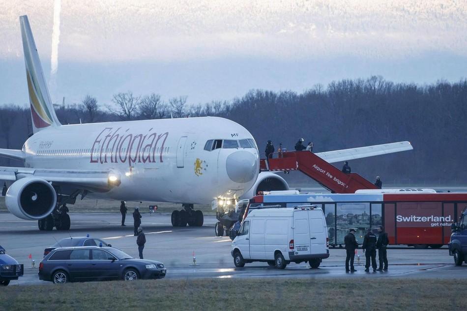 Un Boeing 767-300 secuestrado... ¡por su copiloto! 20140218102702302