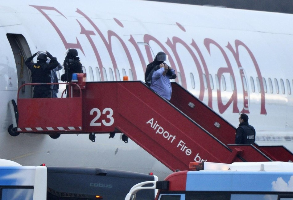 Un Boeing 767-300 secuestrado... ¡por su copiloto! 20140218102703775