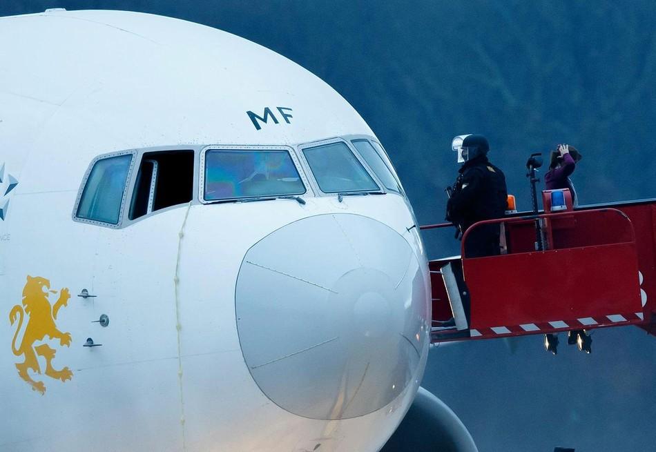 Un Boeing 767-300 secuestrado... ¡por su copiloto! 20140218102705441