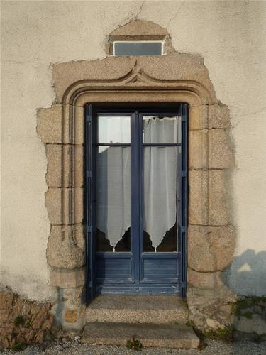 Des fenêtres d'hier et d'aujourd'hui. - Page 2 Porte_GF