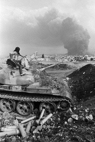 scènes de combat (armée libanaise, palestinien, chrétien...) 1982-amal-n505353208_76371_1903