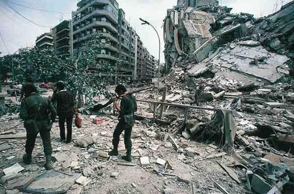 scènes de combat (armée libanaise, palestinien, chrétien...) 1982-amal-tarik-jedide
