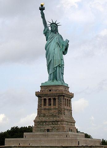 Es la estatua de la libertad un plagio de una obra española? Statue_of_Liberty