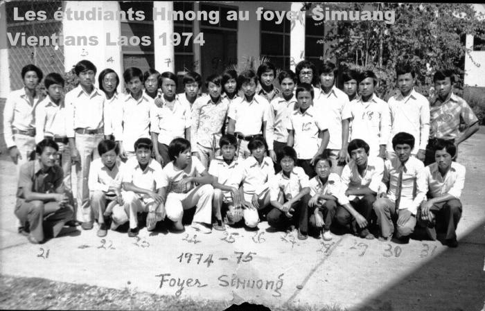 May Kham Yang phau ntawv tawm tshiab nyob txhua lub nroog  thoob Fab Kis Teb. Post-348-1182101436_thumb