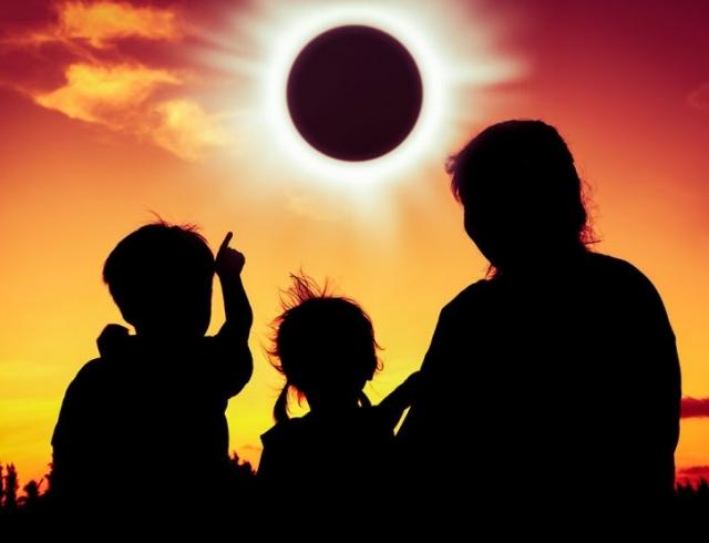 Солнечное затмение 21 августа 2017 года: что можно делать и что нельзя 78138_0