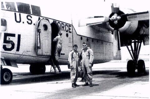 không - Phi hành đoàn cuối cùng của Không Quân VNCH hy sinh cho Tổ Quốc  TrangVanThanhHuanLuyen