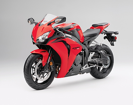 Cual es la moto de tus sueños???...con cual soñas? - Página 3 2008blade2