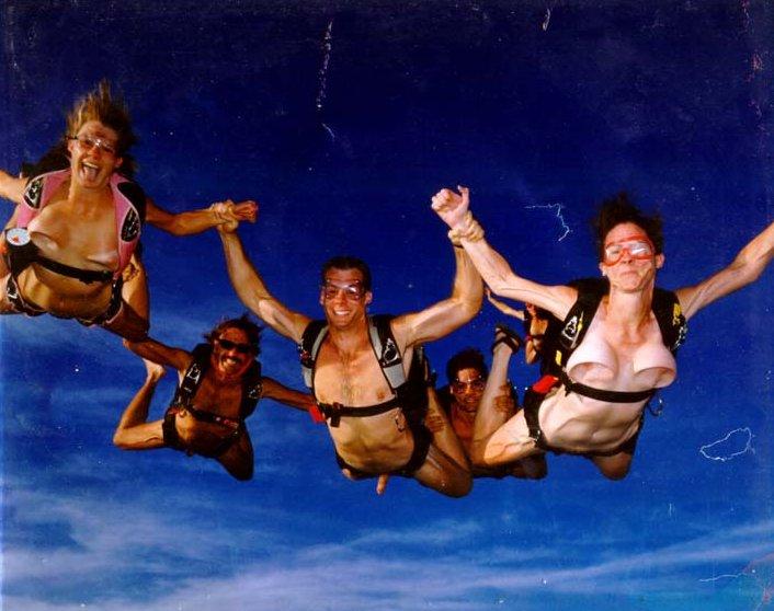 Bon anniversaire le MasterFlip ! Parachute636