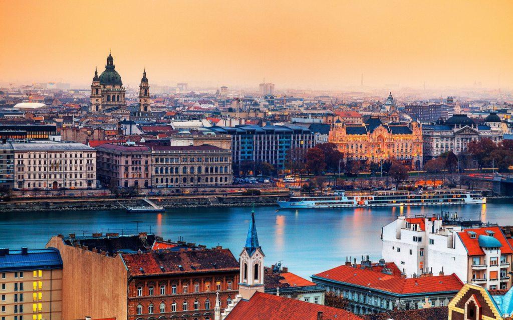 Beauté urbaine 8862480-budapest-hungary