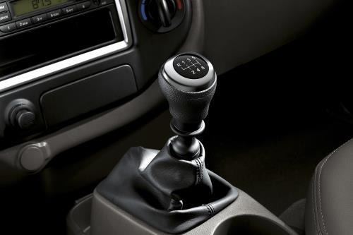 Hyundai Vinh chính thức giới thiệu mẫu xe Hyundai Elantra Sp Hyundai-New-Porter-150-5
