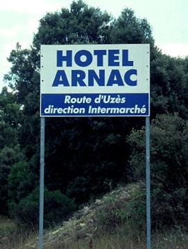 Images insolites - Page 2 650448-l-hotel-annonce-la-couleur