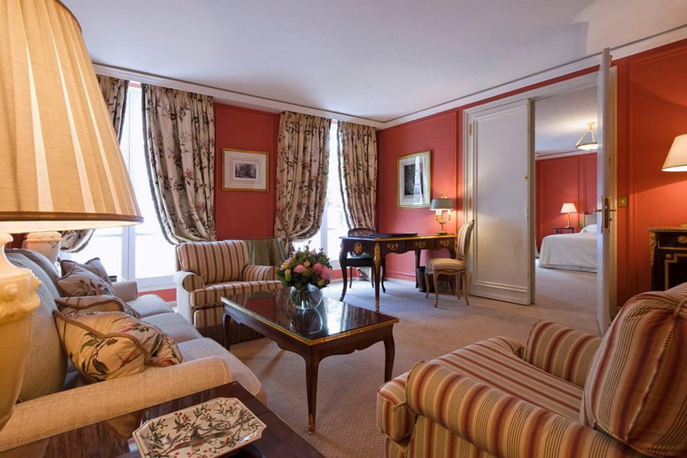 فندق Le Bristol Paris 745699