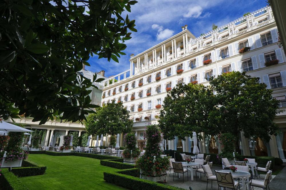 فندق Le Bristol Paris 745694