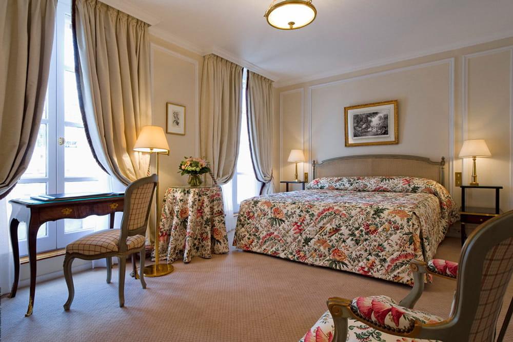 فندق Le Bristol Paris 745700