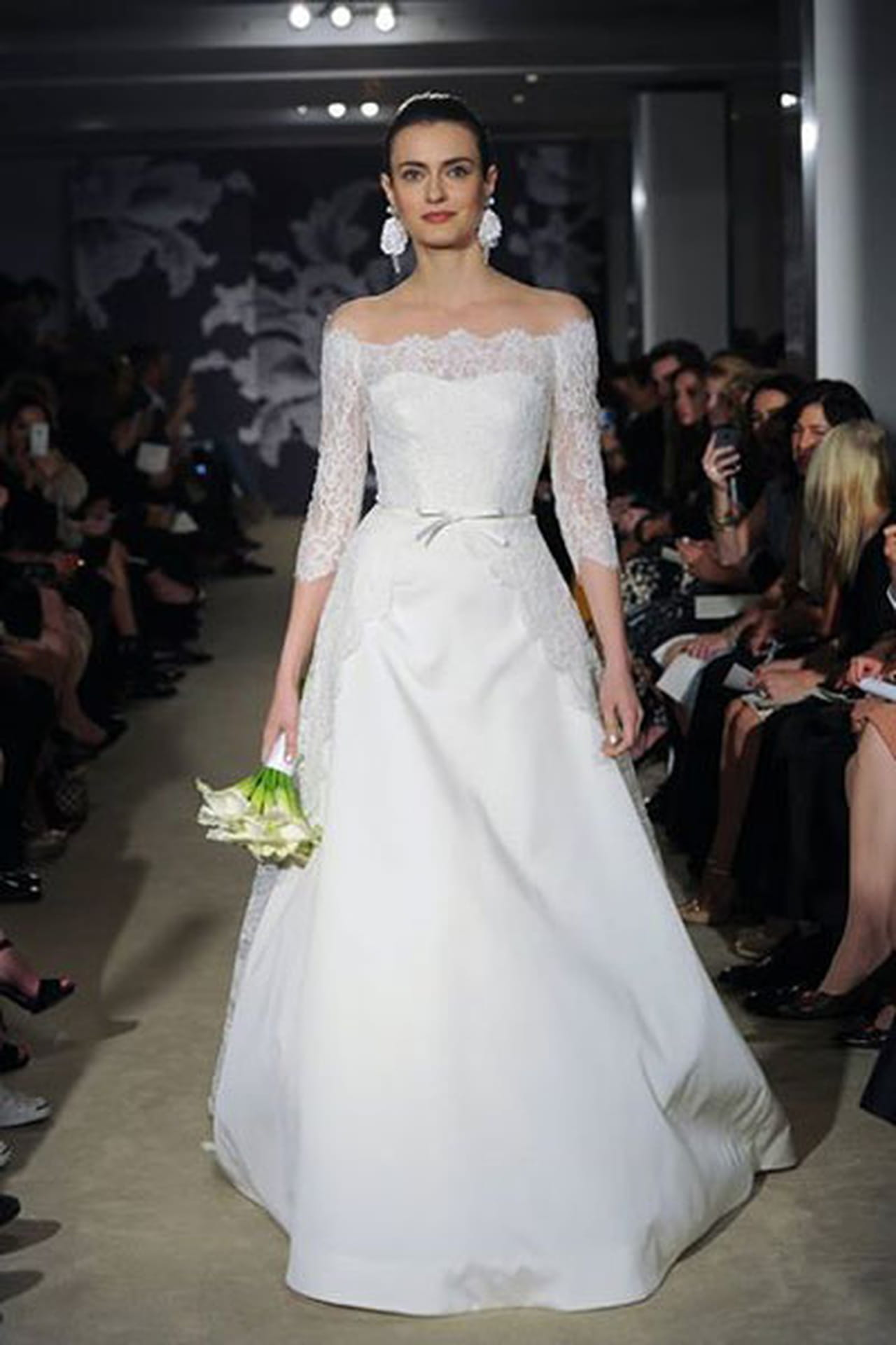 إبداع كلاسيكي في فساتين زفاف 816986