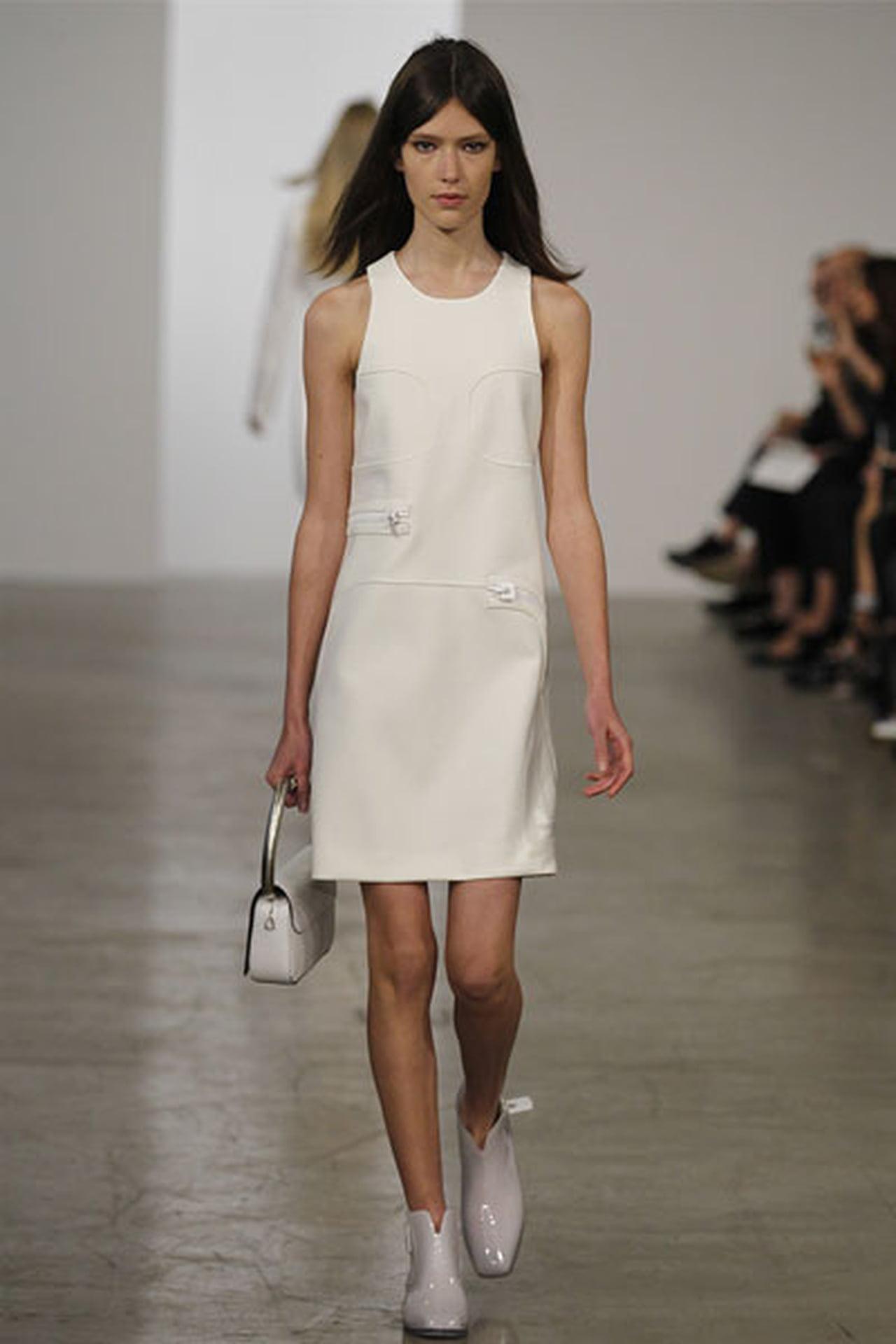 الفساتين القصيرة عنوان الانوثة 827676