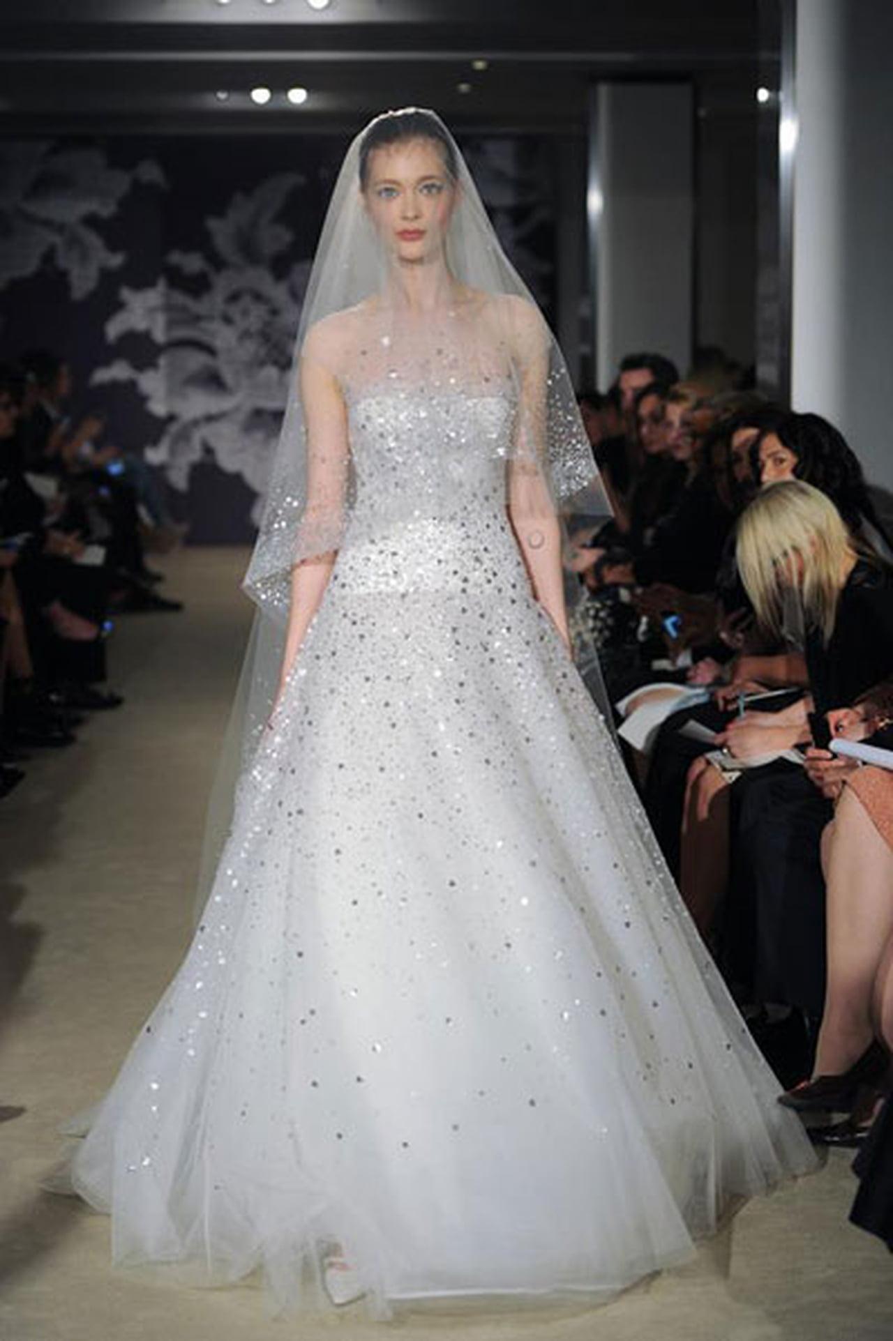 إبداع كلاسيكي في فساتين زفاف 817025