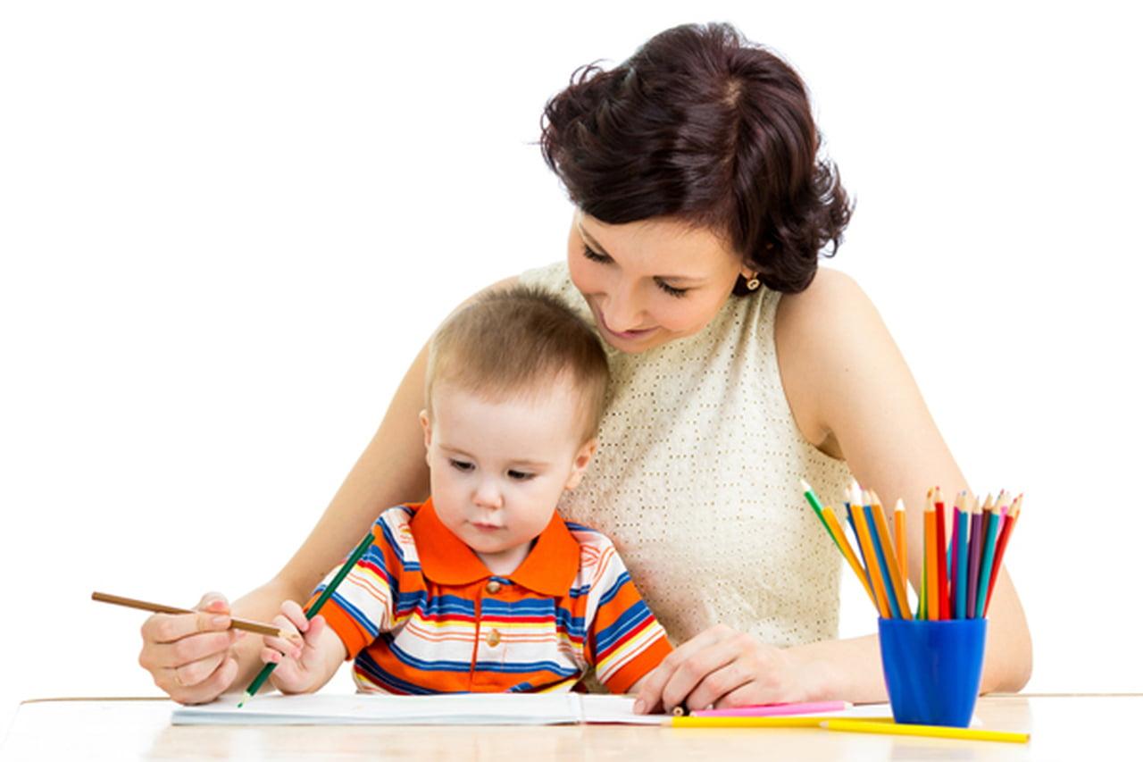 تعليم الطفل الاستقلالية لحل فروضه المدرسية  788044
