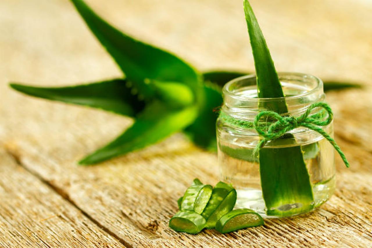 7 علاجات طبيعية فعّالة للبشرة الجافة والملتهبة 822935