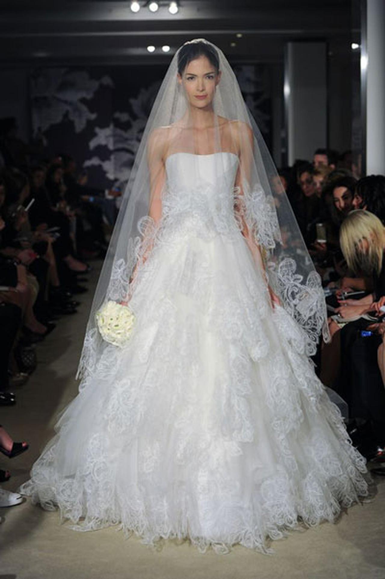 إبداع كلاسيكي في فساتين زفاف 817015