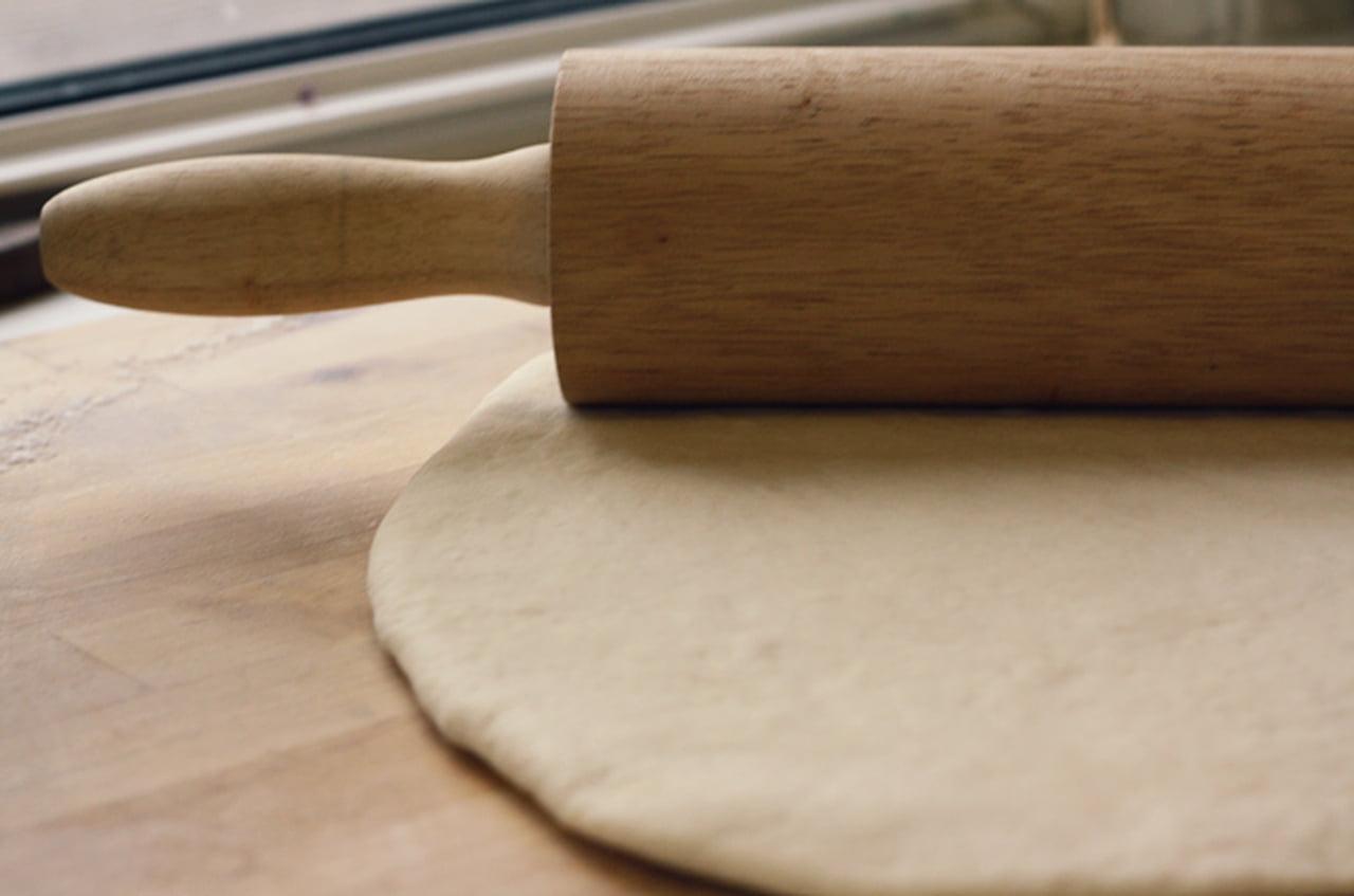 طريقة عمل خبز الساندويتشات (الفينو أو الصامولي أو الصمّون)  826030