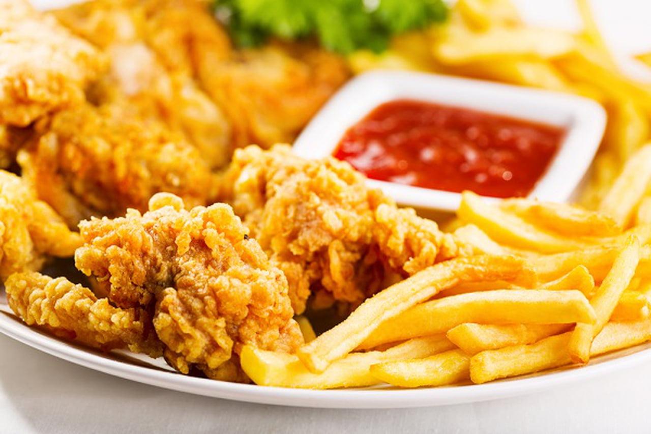 طريقة عمل قطع الدجاج المقرمش الحار  832960