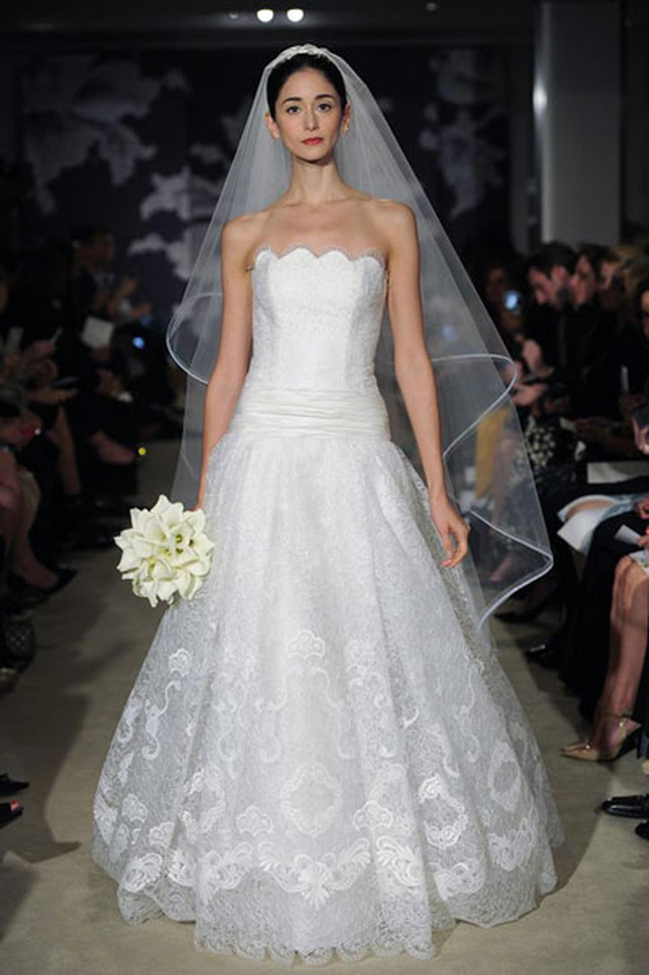 إبداع كلاسيكي في فساتين زفاف 817029