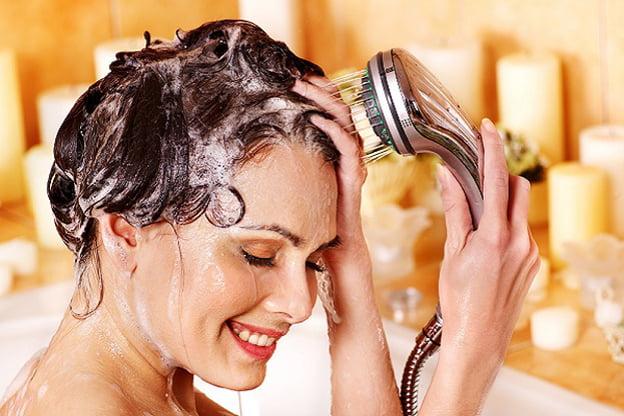 استخدامات متنوعة لبلسم الشعر  1084297
