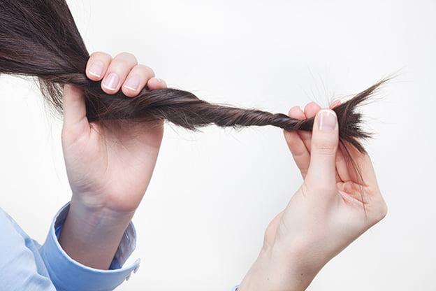 علاج الشعر المتقصف والمجهد  1085137