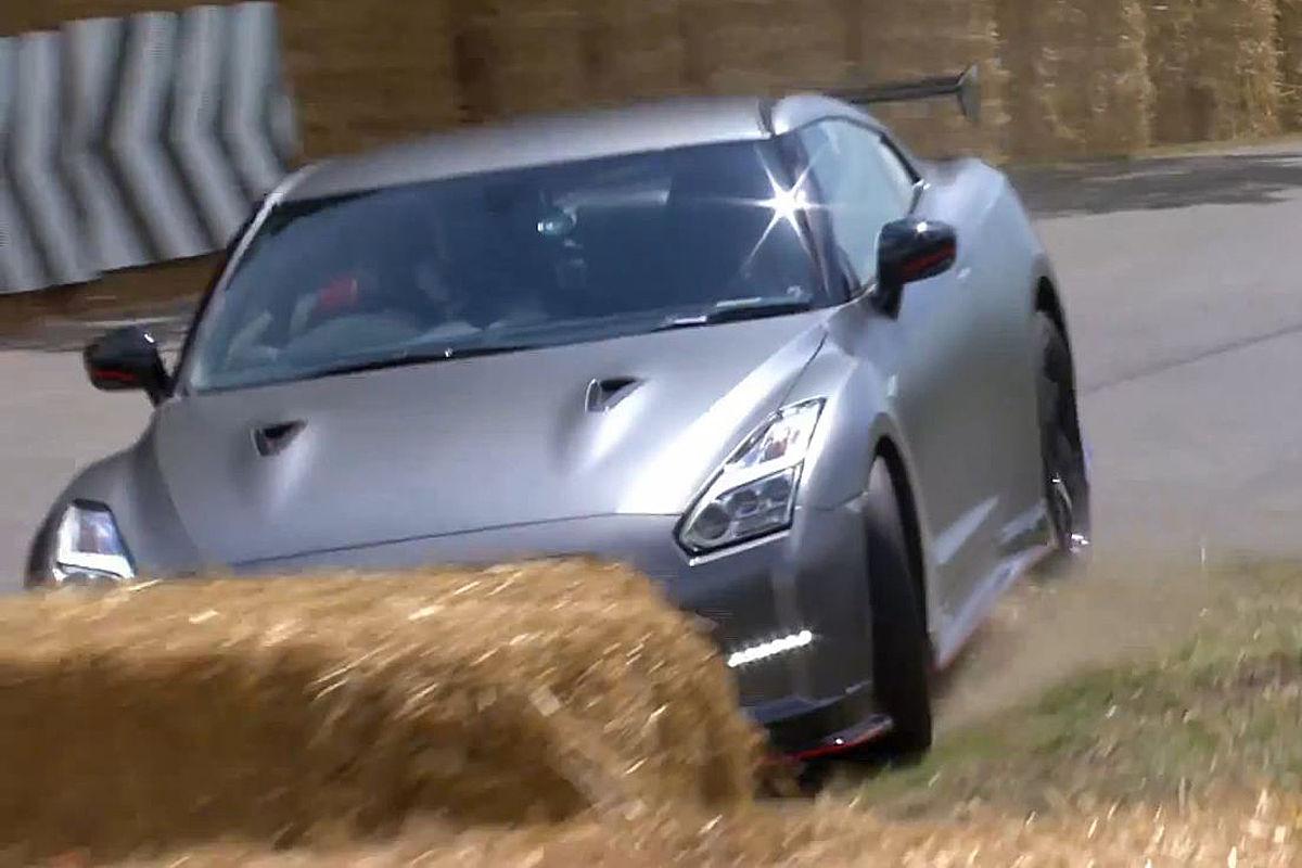 2007 - [Nissan] GT-R - Page 18 Nissan-GT-R-Nismo-Crash-Goodwood-1200x800-85e3881cb60f20d7