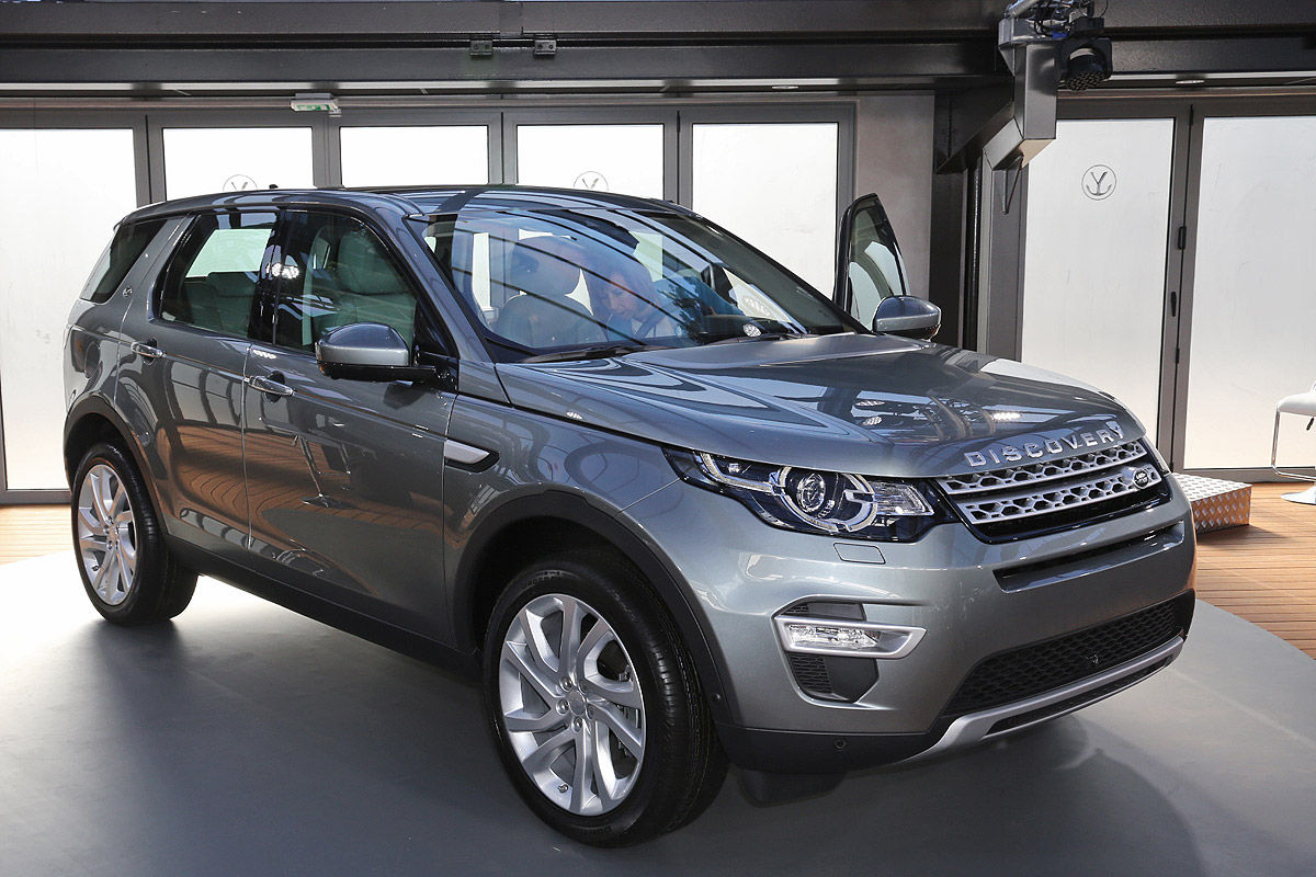 2014 - [Land Rover] Discovery Sport [L550] - Page 11 Sitzprobe-Land-Rover-Discovery-Sport-in-Paris-2014-1200x800-0b2ee9e7bd707527
