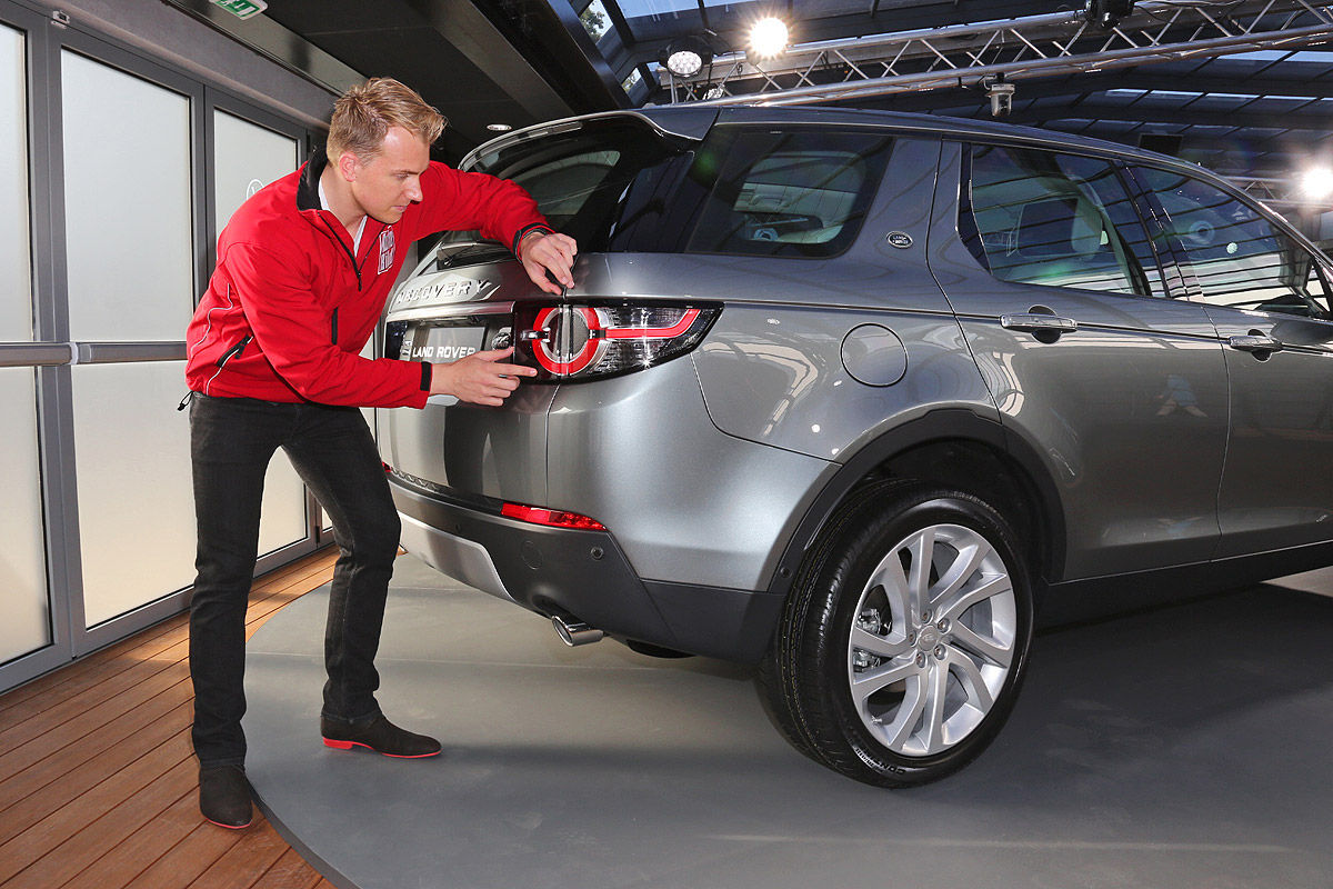 2014 - [Land Rover] Discovery Sport [L550] - Page 11 Sitzprobe-Land-Rover-Discovery-Sport-in-Paris-2014-1200x800-5c8256f1d1ad6aef