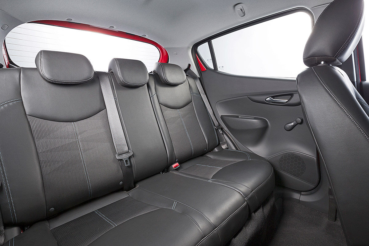 2015 - [Vauxhall/Opel] Viva / Karl - Page 10 Opel-Karl-Autosalon-Genf-2015-Sitzprobe-1200x800-08f87cd80fe3ba59