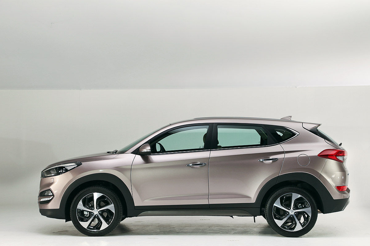 2015 - [Hyundai] Tucson III - Page 5 Hyundai-Tucson-Autosalon-Genf-2015-Sitzprobe-1200x800-08f83e2c1d1a5838