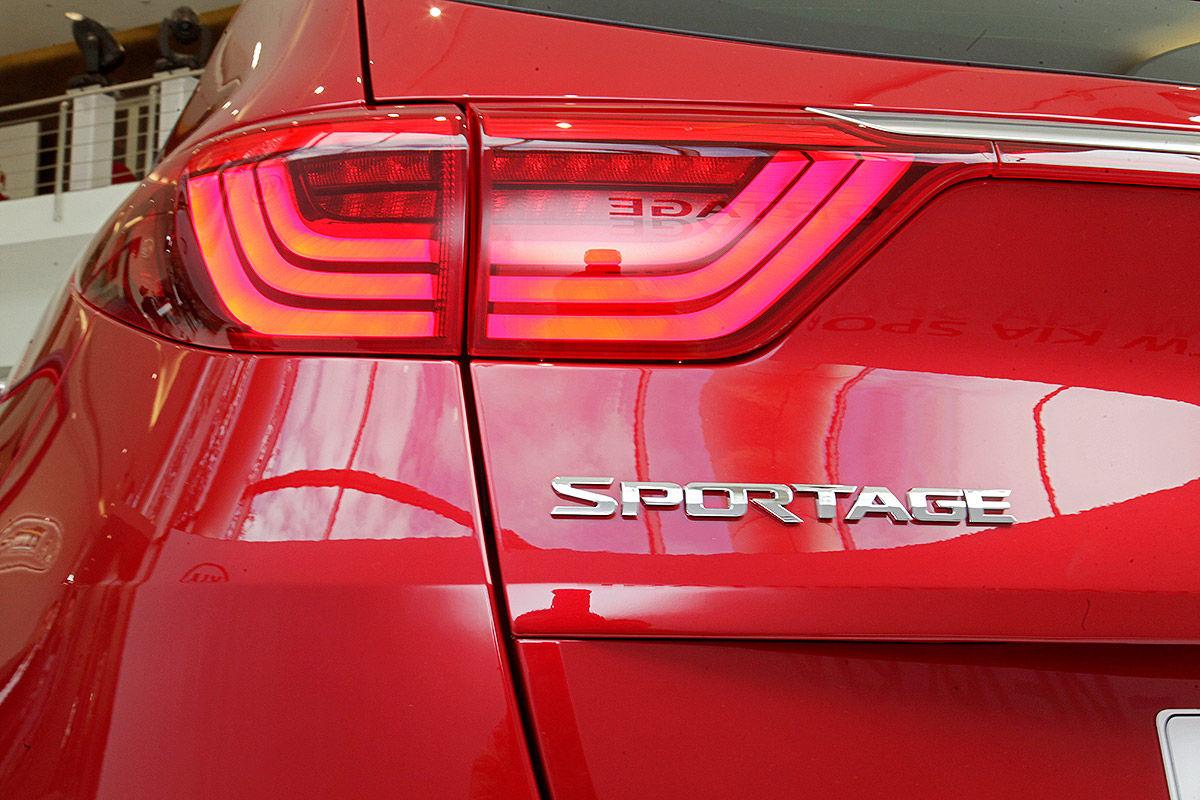 2015 - [Kia] Sportage IV - Page 7 Kia-Sportage-im-Test-IAA-2015-Sitzprobe-1200x800-2d89cd4c4792e1df
