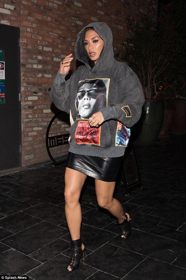 Nicole Scherzinger - Página 9 496163F000000578-0-image-a-89_1519056747966