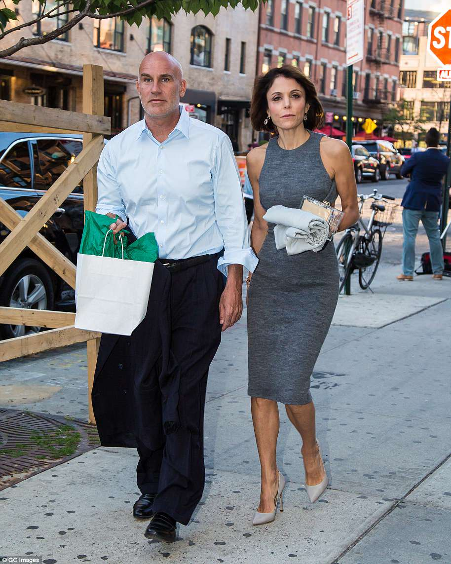 The Serious Side - part 6 - Page 2 4AEF2E9400000578-5590101-Bethenny_Frankel_s_sometimes_boyfriend_Dennis_Shields_pictured_t-a-37_1523179977457