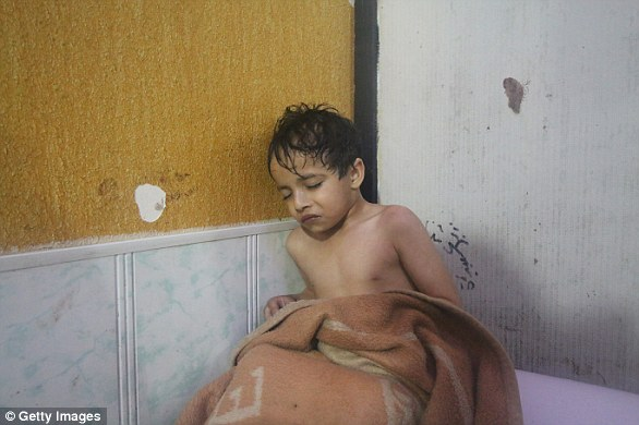 The Serious Side - part 6 - Page 3 4AF6C73700000578-0-Up_to_500_people_were_poisoned_in_the_Syrian_gas_attack_that_kil-a-10_1523449692394
