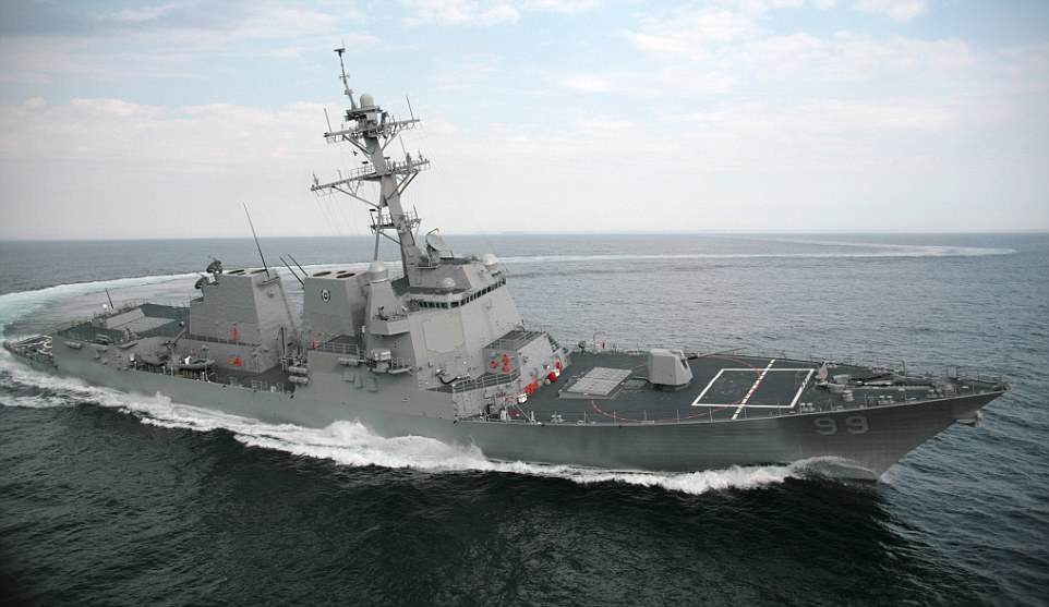 The Serious Side - part 6 - Page 3 4B1B6E9300000578-5611419-The_Arleigh_Burke_class_destroyer_USS_Farragut_pictured_is_among-a-19_1523616674039