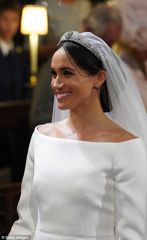 George and Amal at Royal Wedding evening reception Frogmore House 4C6DC0B700000578-5748651-image-m-40_1526766663384