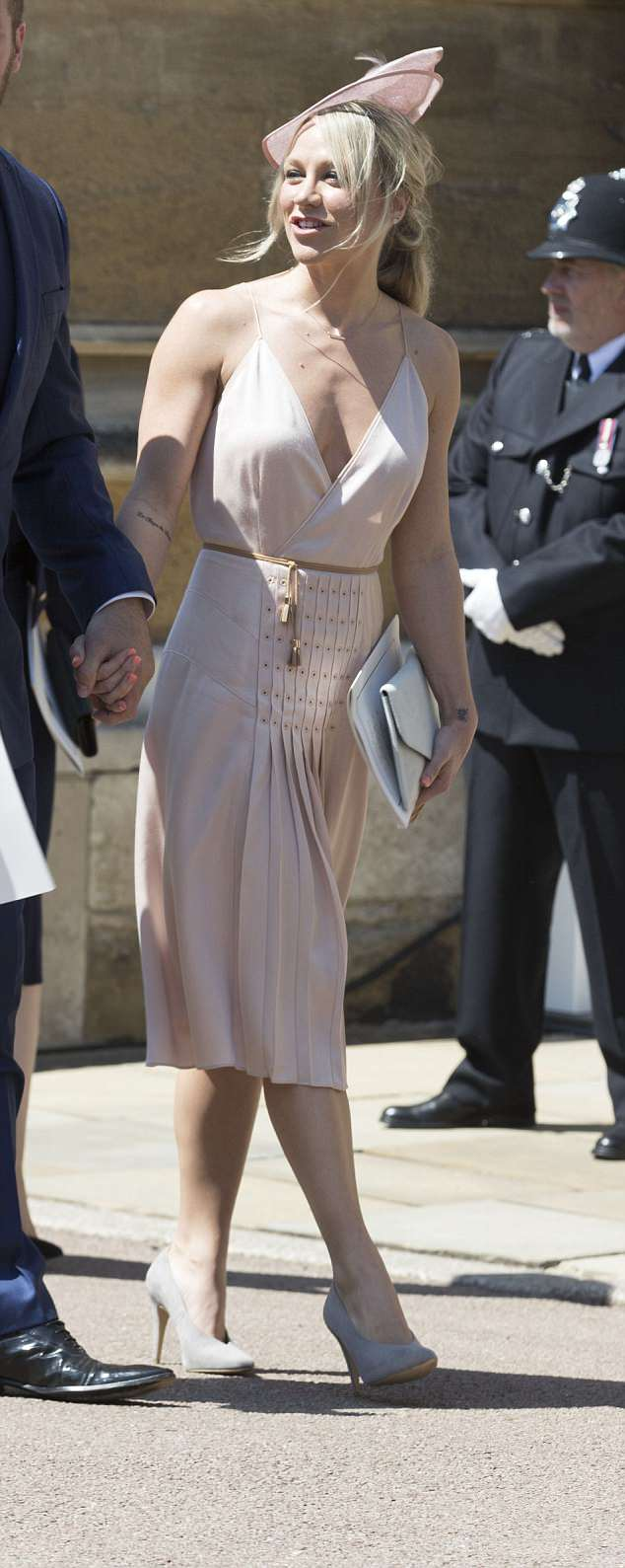 George and Amal Clooney at the Royal Wedding - Page 2 4C71381300000578-5751241-Cleavage_on_view_from_Chloe_Madeley_in_Reiss_a_bra_and_a_jacket_-a-45_1526885492222
