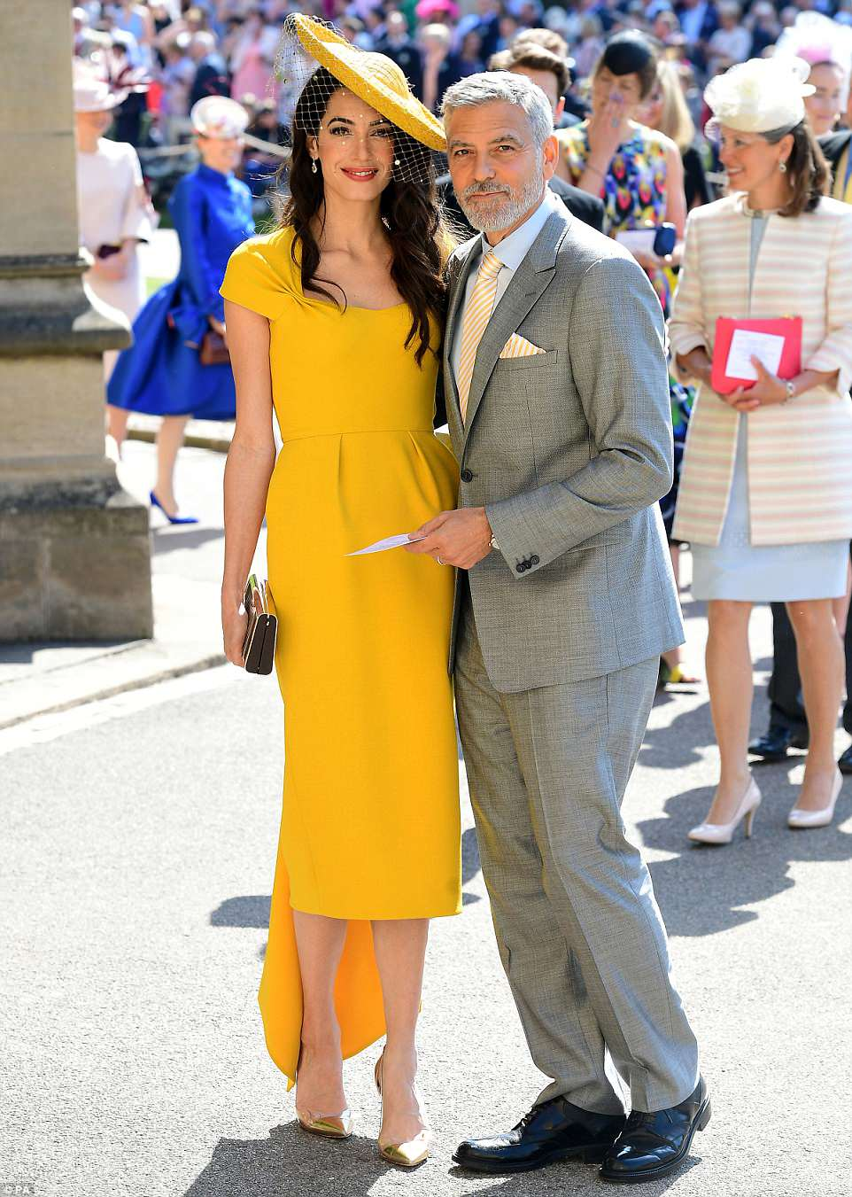 George and Amal at Royal Wedding evening reception Frogmore House 4C6BD31900000578-5751749-George_and_Amal_Clooney_are_among_the_A_listers_packing_out_Harr-m-64_1526888034520