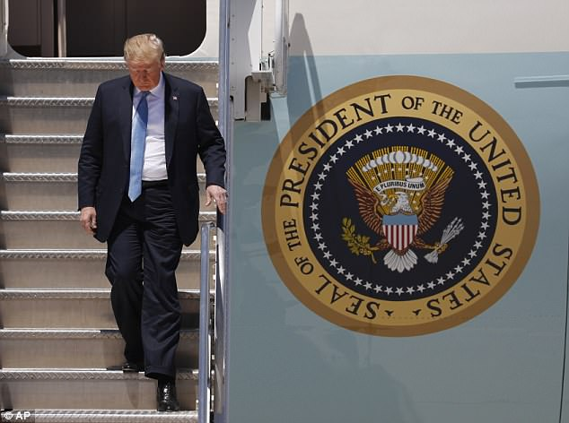 The Serious Side - part 6 - Page 10 4D8FACBE00000578-0-Trump_is_pictured_disembarking_Air_Force_One_Saturday_in_Nevada_-m-19_1529778212974