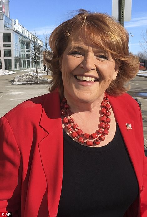 The Serious Side - part 6 - Page 11 4DABAAB900000578-5894613-Trump_told_North_Dakotans_that_a_vote_for_Heidi_Heitkamp_picture-m-97_1530152971578